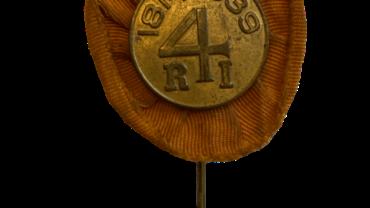 Pin ter ere van het 125 jarig bestaan van het 4e regiment infanterie van het Nederlandse leger