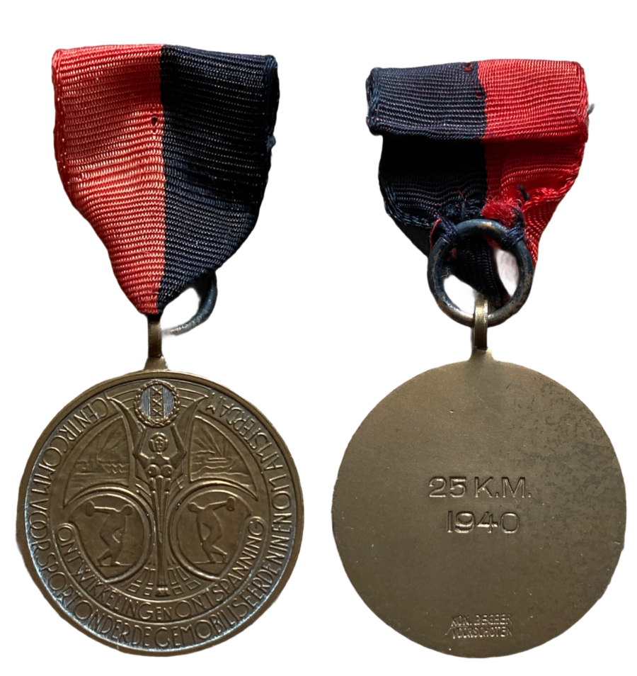 Medaille Wandelmars 25 KM 1940 Ontwikkeling en Ontspanning Commissie Amsterdam